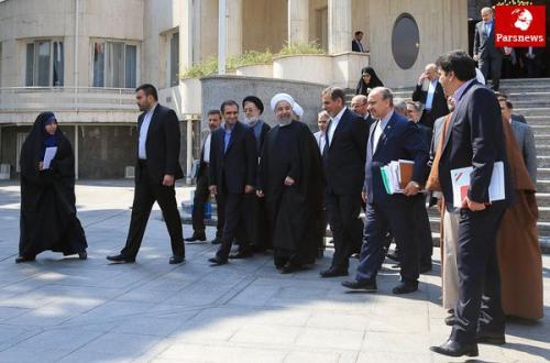 گمانه زنی ها در مورد کابینه دوازدهم و چالشی به نام حلقه بسته مدیران دولت
