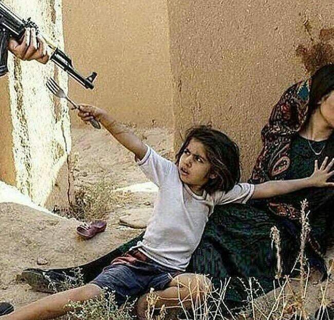 عکسی تلخ از یک دختر بچه سوری