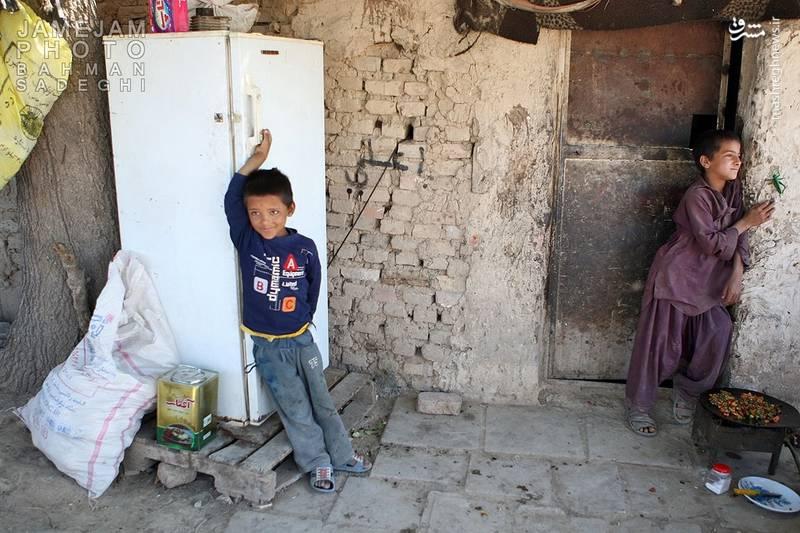 زاغهنشینی پاکستانیها در نزدیکی تهران+عکس