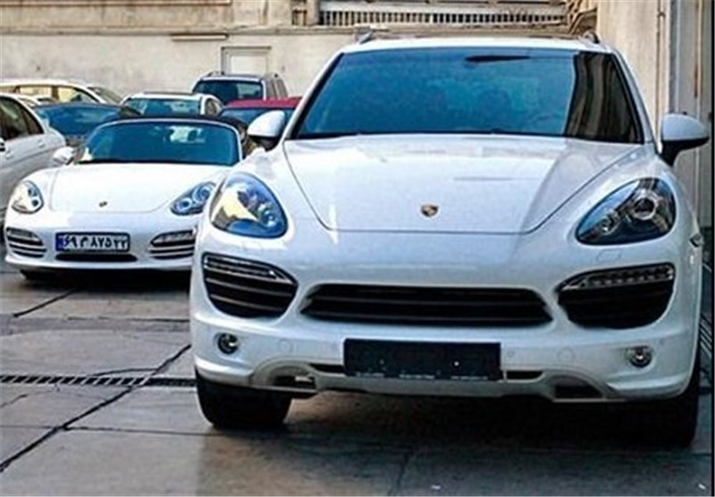 گرانی ۱۰ تا ۱۶ میلیونی خودروهای خارجی/خریداران دست از خرید کشیدند