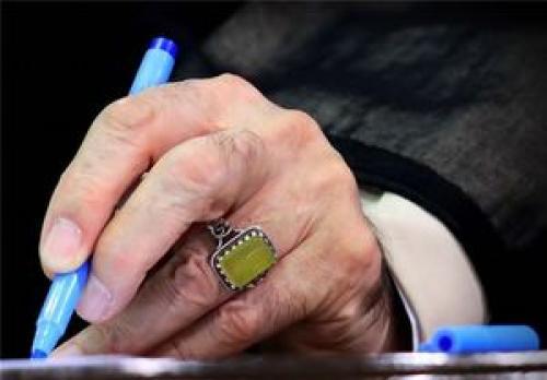 رهبر انقلاب اسلامی درگذشت حاج داود احمدینژاد را تسلیت گفتند