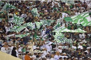 حضور سعودیها با «لباس خواب» در ورزشگاههای فوتبال ممنوع شد!+