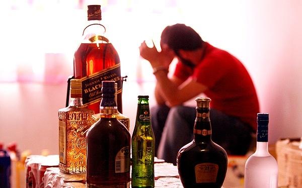 سن مصرف مشروبات الکلی به 18 سال رسید