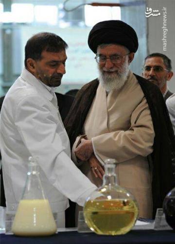 پدر موشکی ایران در کنار رهبرانقلاب+عکس
