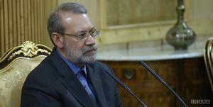 لاریجانی: کشور دچار خودتحریمی است