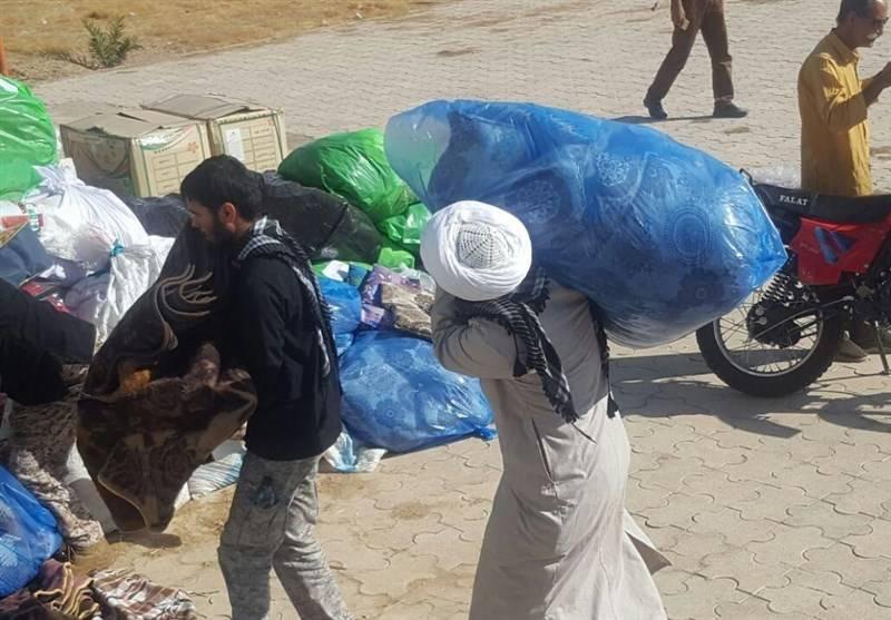 طلابی که به مردم زلزلهزده غرب کشور کمک میکنند +عکس