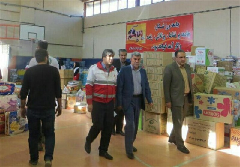 ۴۰ کامیون کمکهای امدادی از استان مرکزی به مناطق زلزلهزده ارسال شد