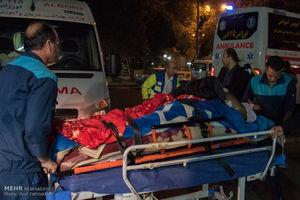 تشریح خدمات پزشکی به زلزله زدگان توسط وزیر بهداشت