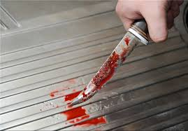 دستگیری قاتل چاقو به دست در خیابان /اعتراف به قتل همسر