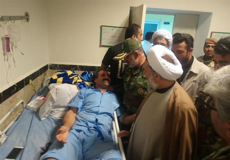 زلزله کرمانشاه| عیادت نماینده ولی فقیه در ارتش از مصدومان زلزله + تصاویر