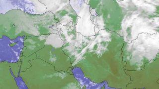 هوای شمال شرق تا ۸ درجه کاهش مییابد/بارش پراکنده باران در کرمانشاه