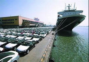 واردات ۲۷۸ هزار خودرو خارجی به کشور