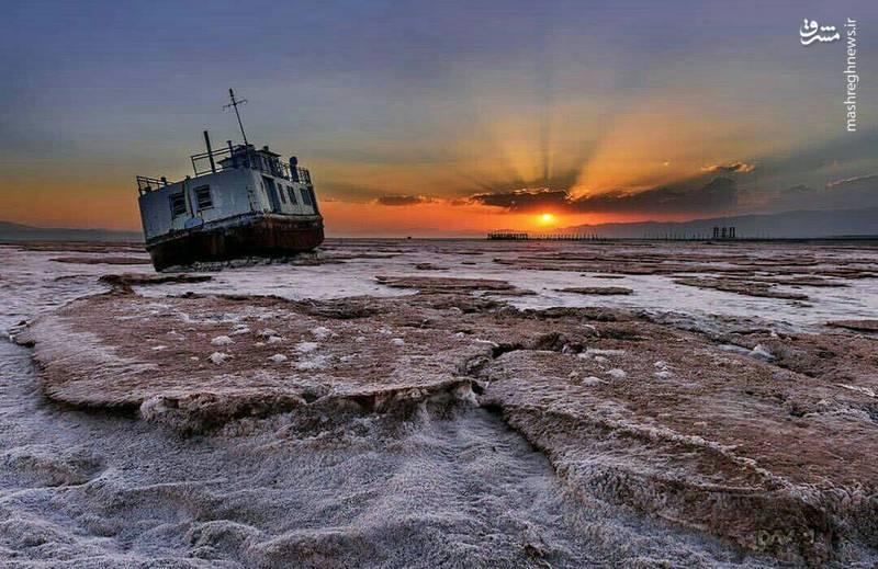 تصویری دیدنی اما دردناک از دریاچه ارومیه