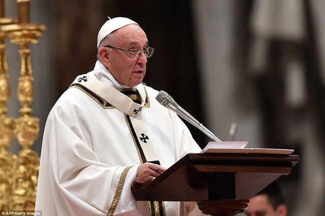 پاپ در مسئله سوء استفاده جنسی کشیشها در شیلی، قربانیان را به تهمتزنی متهم کرد
