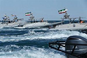 هدف آمریکا؛ نفوذ و تخیله دفتر فرمانده نیروی دریایی