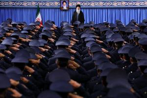 دیدار کارکنان نیروی هوایی ارتش با رهبر انقلاب