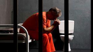 آیا خودکشی متهمان امنیتی اتفاقی نادر است؟ +تصاویر