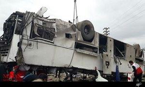 13کشته و مجروح در حادثه سقوط اتوبوس به دره
