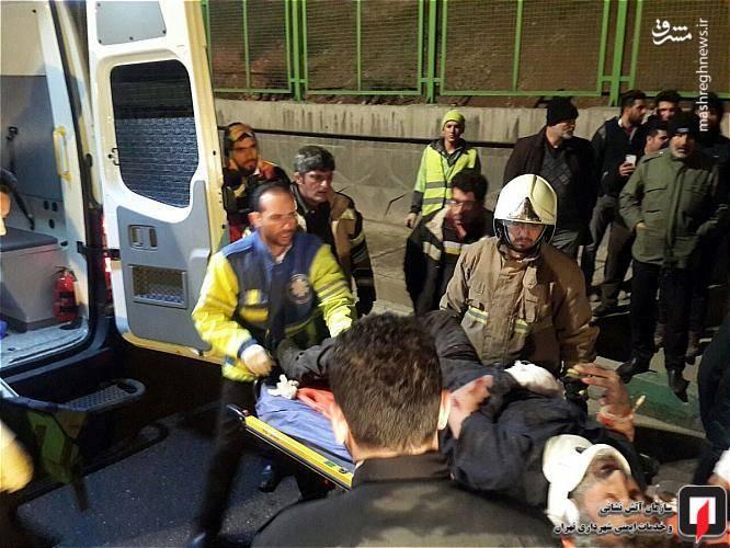 تصادف شدید دو کامیون در تهران+عکس