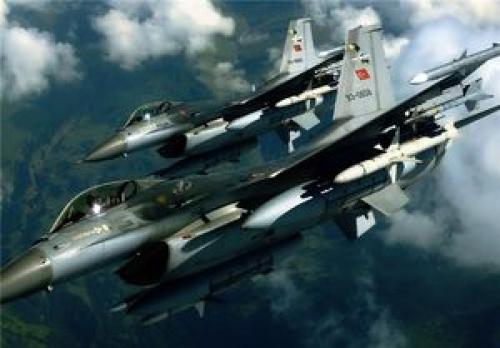 بمباران مواضع پکک در شمال عراق توسط ترکیه