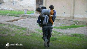 مردم سپر انسانی تروریستها در غوطه شرقی