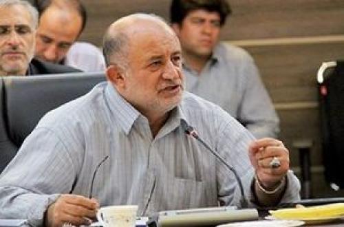 قاضیپور: دولت روحانی فاتحه اقتصاد مقاومتی را خواند