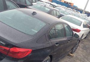 پرونده قاچاق ۶۴۰۰ خودرو امنیتی شد