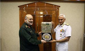 دیدار جانشین وزیر دفاع با فرمانده نیروی دریایی هند