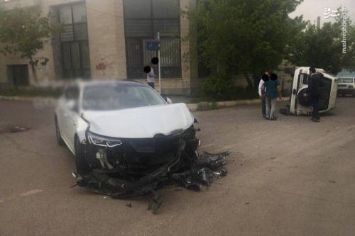 عکس/ تصادف شدید دو خودروی لاکچری