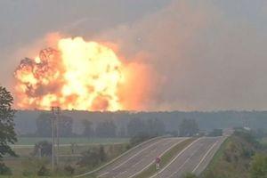 تخلیه ۱۰ هزار نفری مردم در پی انفجار انبار مهمات