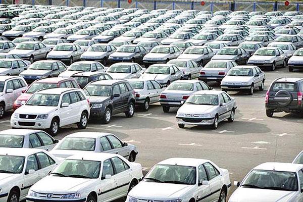 نرخ برخی خودروها در کارخانه و بازار