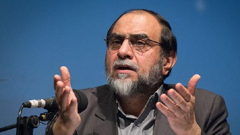 نشان دادن موشکهای ایران جنبه بازدارندگی دارد/  اقتصاد مقاومتی اصلا در کشور شروع نشد