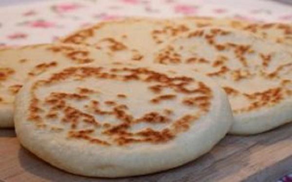 نان ویژه صبحانه و خوشمزه ترکیه+عکس