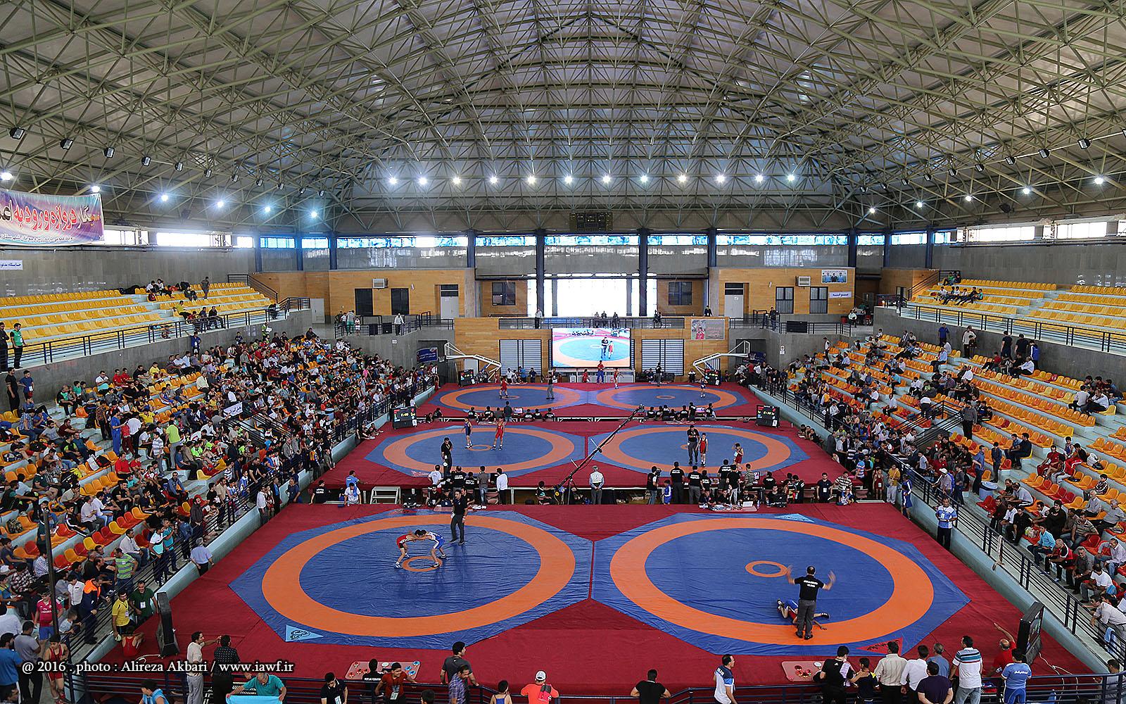 برگزاری رقابتهای کشتی بزرگسالان قهرمانی کشور گروه ب در شهرهای ملکان و زرین شهر