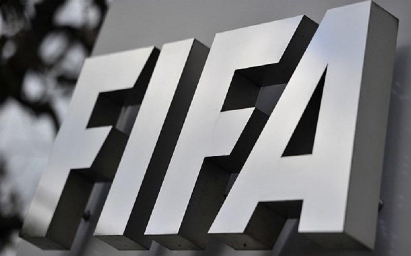 فیفا برخی  قوانین فوتبال را تغییر میدهد