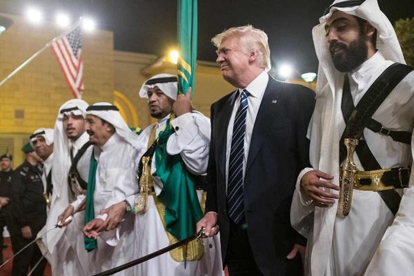 رقص شمشیر اصلاحطلبان با ترامپ و بنسلمان بعید نیست!+عکس