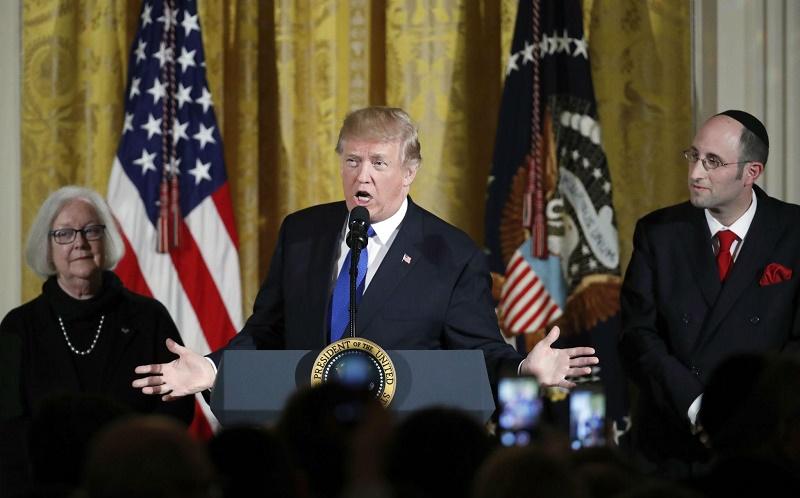 ترامپ:  از توافق وحشتناک با ایران خارج شدیم