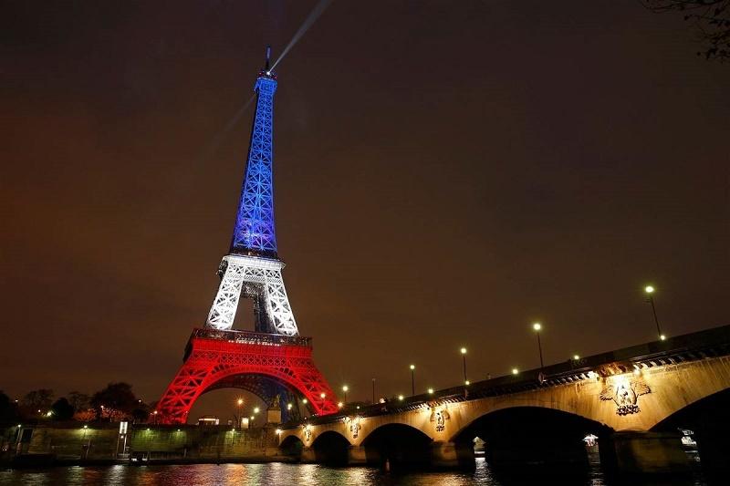 اعتراضات فرانسه، برج ایفل و موزه لوور را به تعطیلی کشاند