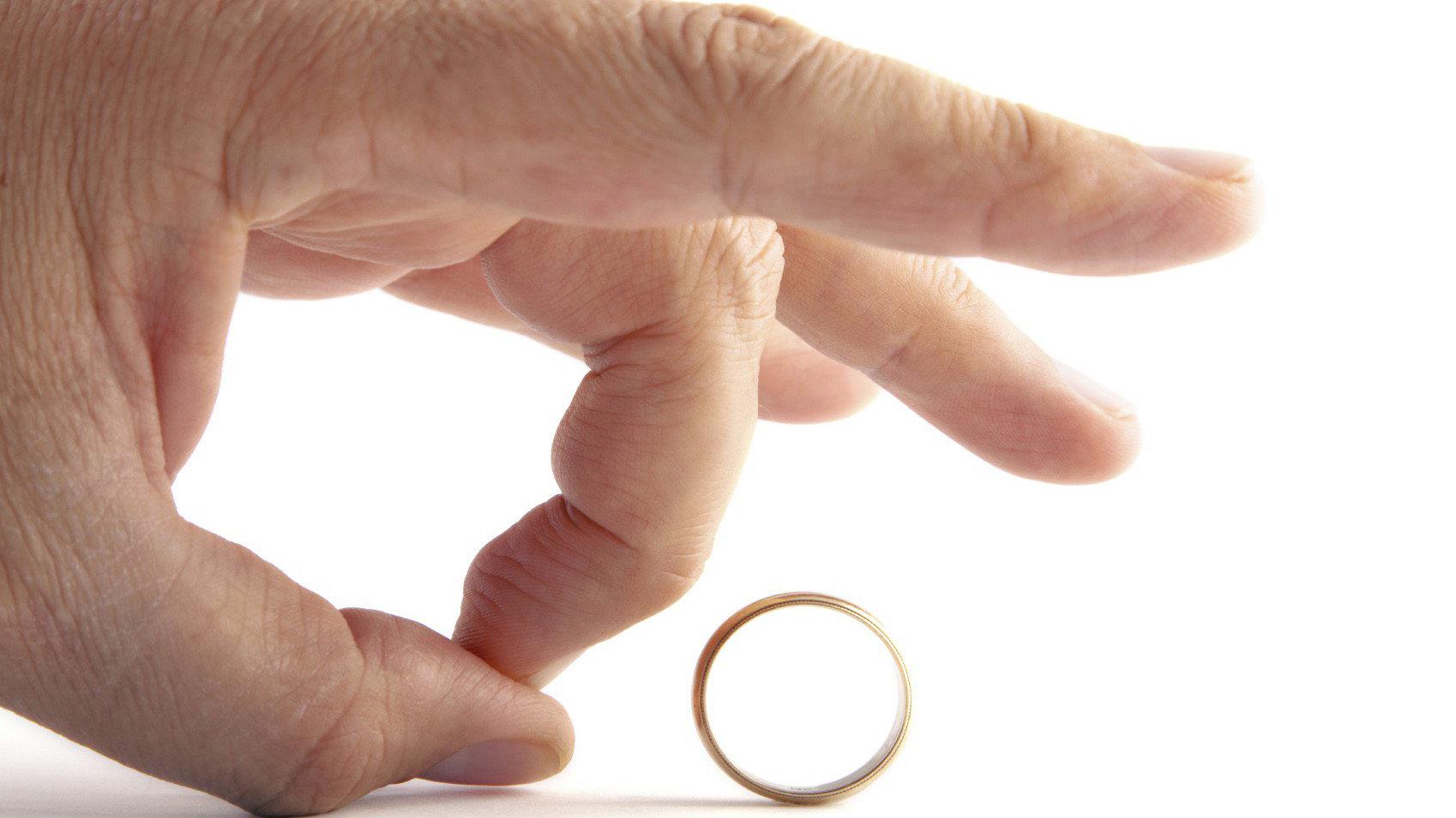 لفاظی مسئولان و فاجعه اجتماعی و طلاق