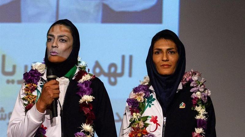 خواهران منصوریان با تیپ جدید+عکس