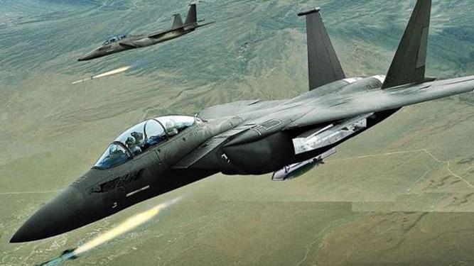 کشته شدن 10 غیر نظامی در حملات جنگندههای آمریکا به شرق سوریه