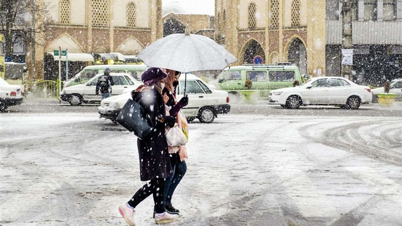 وقوع برف و کولاک در ۱۲ استان کشور