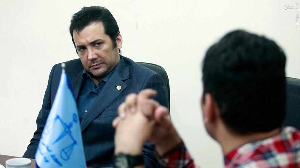 حسام نواب صفوی وکیل، دانشجوی دانشگاه علوم و تحقیقات شد+فیلم