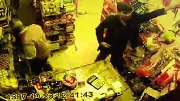 سرقت طلای سرخ از سوپرمارکتی در کرمان +فیلم