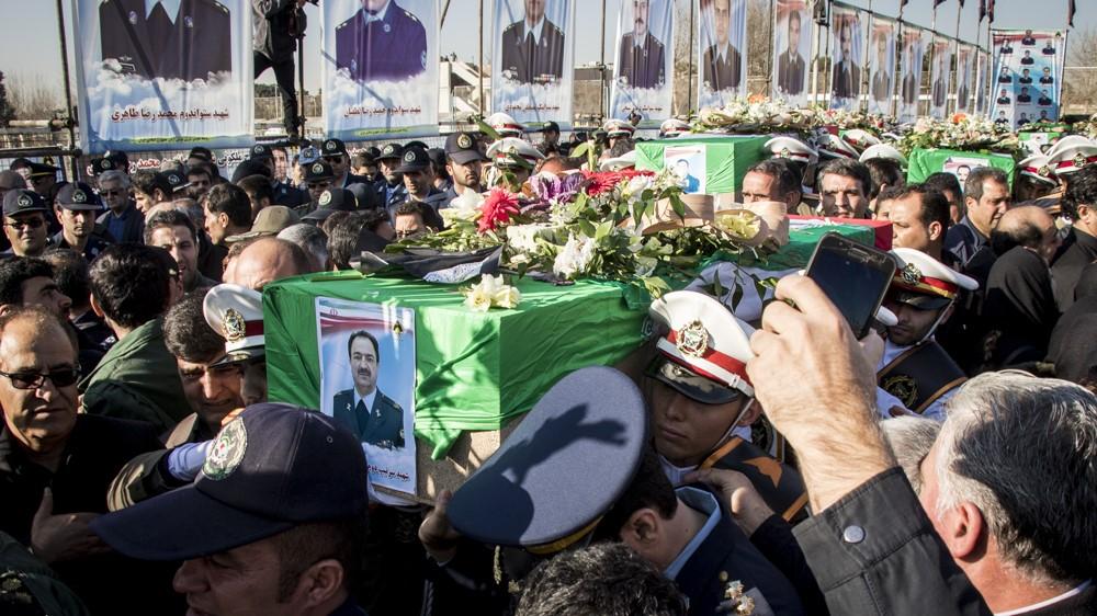 تشییع شهدای سانحه هواپیمای بوئینگ ۷۰۷+عکسها
