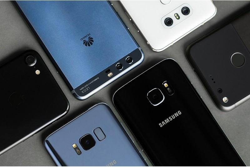 آخرین قیمت تلفن های همراه موجود در بازار+جدول