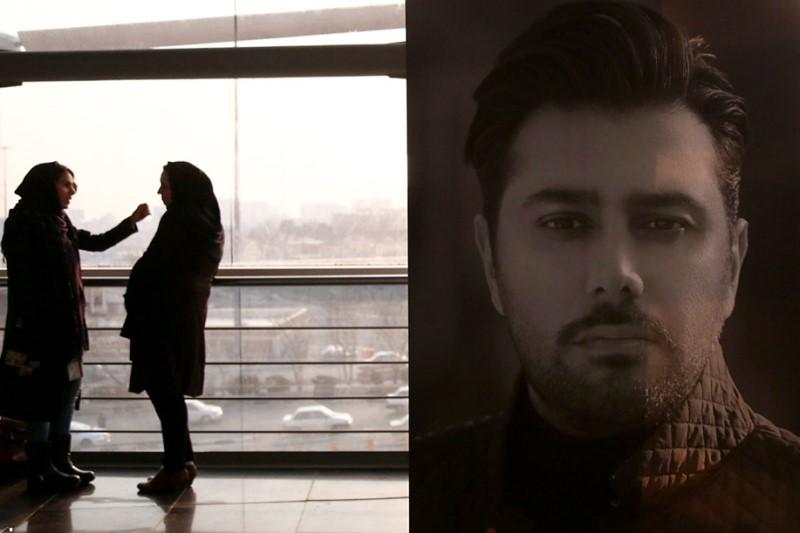 رونمایی از آلبوم «شهر دیوونه» احسان خواجه امیری برگزار شد+عکسها