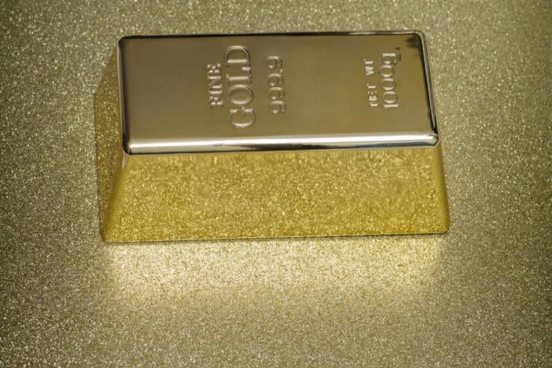 قیمت هر گرم طلای ۱۸ عیار ۳۷۲ هزار تومان شد