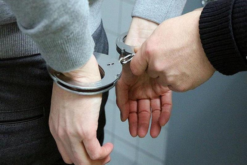 دستگیری دو مدیر  و یک عضو شورای شهر در استان البرز