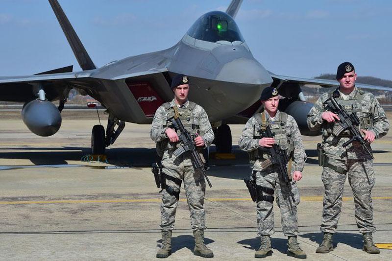 آمریکایی با توسعه پایگاه هوایی العدید در قطر چه اهدافی را دنبال می کند